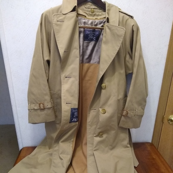 1168c70cddd5 Burberry Jackets & Coats | Womens Trench Coat With Liner 8 Long ...